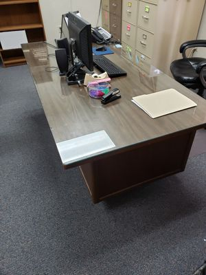 Office desk for Sale in Lubbock, TX