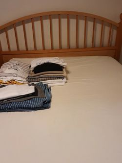 Wooden Bedroom Set for Sale in Surprise,  AZ