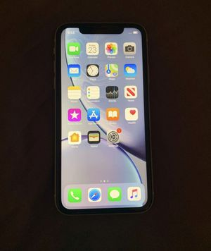 iPhone xr 64gb White (Sprint/Boost ONLY) for Sale in West Covina, CA