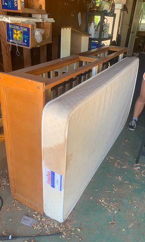 Twin bed and frame for Sale in San Luis Obispo, CA