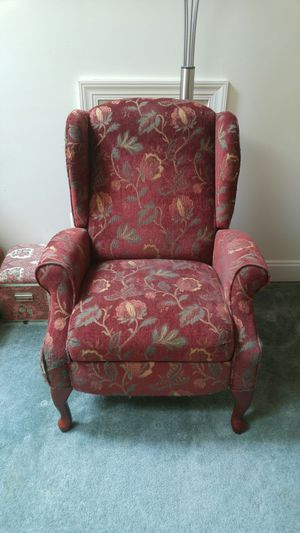 Armchair for Sale in Haymarket, VA