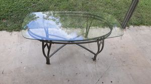 Glass top coffee table for Sale in San Antonio, TX