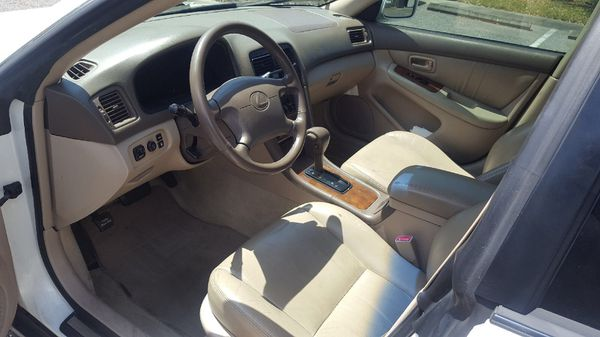 An amazingly well-kept Lexus ES300. Looks and drives great. Only 157k miles, mostly highway. Garaged kept. Recently upgraded looking for new car