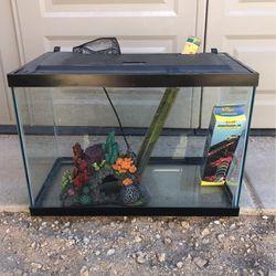 20 Gallon Talk Fish Tank for Sale in Phoenix,  AZ