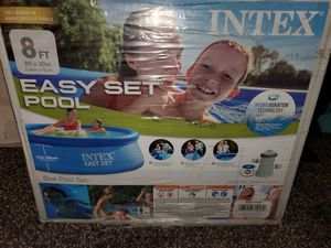 Intex easy set 8 x 30 above ground pool with pump for Sale in Henderson, NV