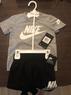 Nike Boy Shirt and Short Set (2T) for Sale in Chardon, OH