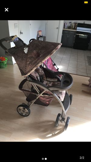 2 strollers for Sale in St. Peters, MO