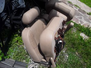 2012 Escalade rear leather seats need to be open asking 200 for Sale in Houston, TX