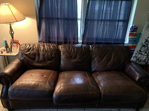 FREE living room set for Sale in Hollywood, FL