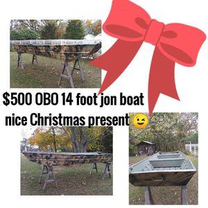 14ft Jon boat for Sale in Cedar Hill, MO
