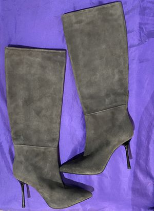 NEW Malo Gray Suede Boots- Made in Italy for Sale in Groton, CT