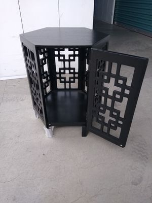 NEW-No Box Target Black Storage End Table W/ Key for Sale in Fremont, CA