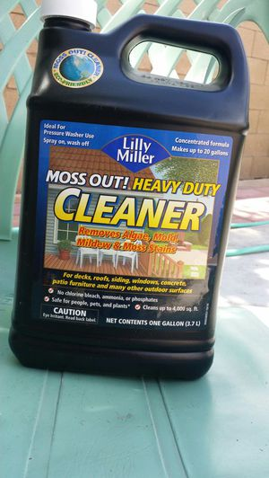 Moss heavy duty cleaner for Sale in Fresno, CA