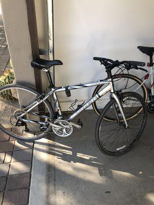 Trek 7300FX Hybrid Road Bike- Size Medium for Sale in Scottsdale, AZ