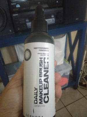 Sephora makeup brushes cleaner for Sale in Tampa, FL