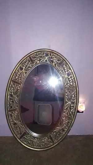 Allen&Roth oval mirror for Sale in Charleston, WV
