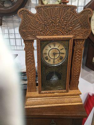 Antique clock for Sale in TEMPLE TERR, FL