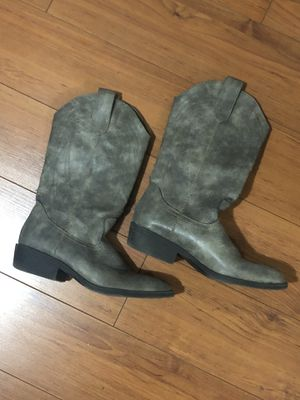 Madden girl cowboy boots for Sale in Houston, TX