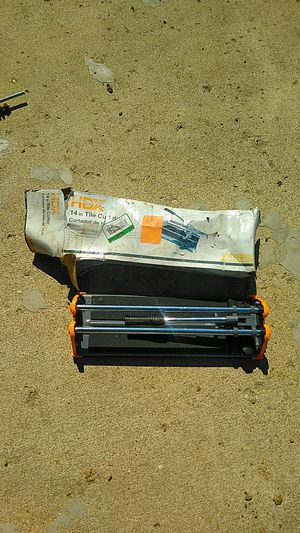 Tile cutter for Sale in Amanda, OH