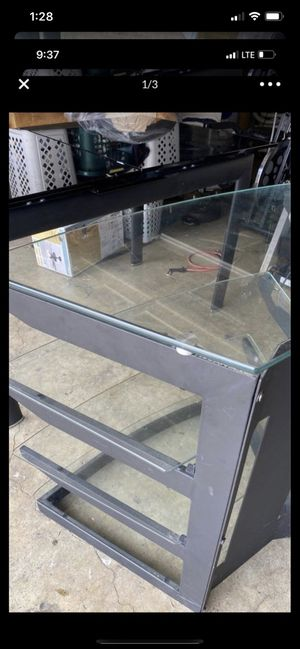 Tv stand for Sale in Anaheim, CA