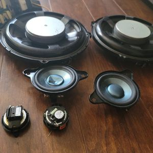 PIONEER SYSTEM from a 2008 slk350 for Sale in San Marcos, CA