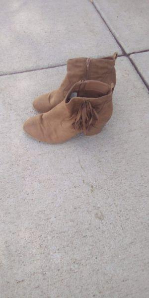 Brash fringe boots size 9 for Sale in Aurora, CO