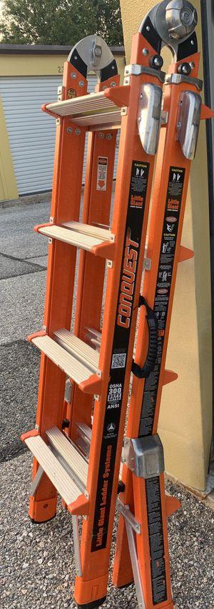 Conquest Fiber Glass Ladder for Sale in Ellicott City, MD