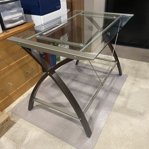 Glass Top Desk for Sale in Romeoville, IL