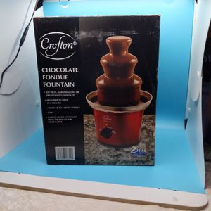 Chocolate Fondue Fountain for Sale in Erie, PA