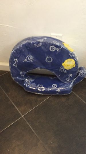 Brestfriend feeding pillow High Chair Booster Baby seat with vibrations for Sale in Albany, CA