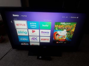 42 inch tv with remote for Sale in Hartford, CT