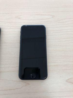 Apple IPhone 7 (256GB) AT&T ( CARRIER UNLOCKED) for Sale in Manassas, VA