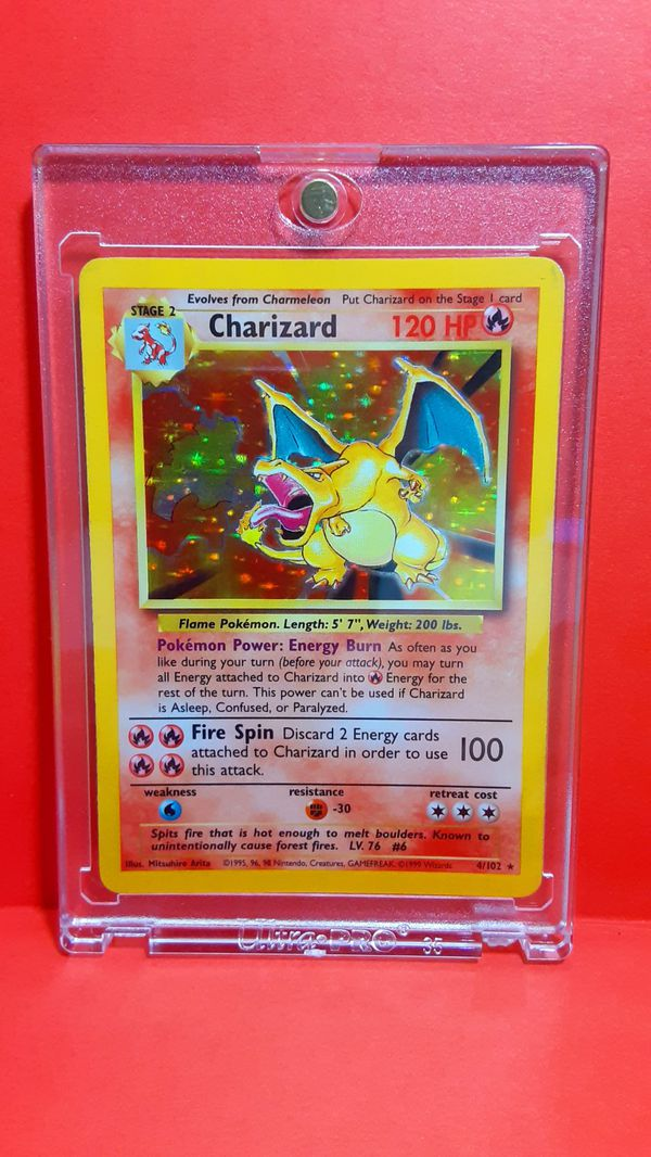CHARIZARD 1990's CARD POKEMON HOLOGRAPHIC GREAT CONDITION