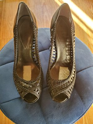 Guess black size 8 lightly used heels for Sale in West Covina, CA