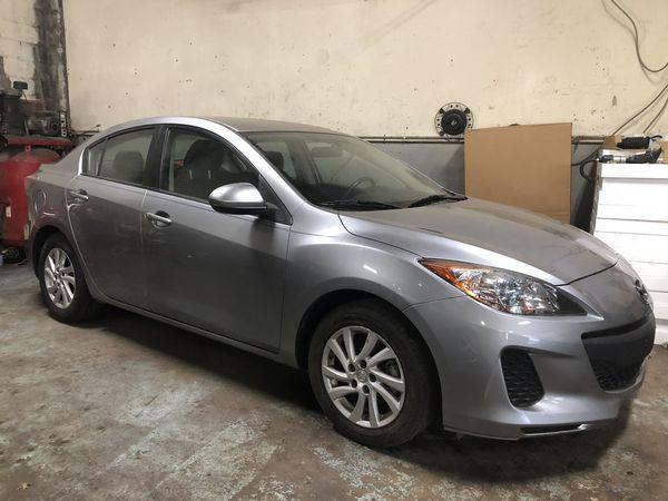 '13 Mazda 3 $6500