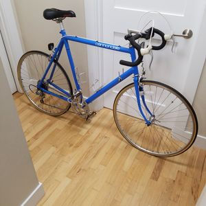 Cannondale Road Bike Perfect Condition for Sale in Shoreline, WA