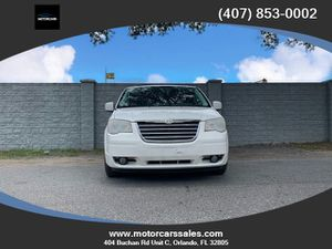 2010 Chrysler Town & Country for Sale in Orlando, FL