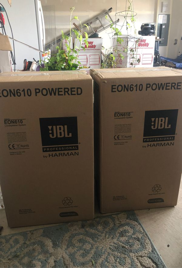 2 boxes JBL 610 powered speakers