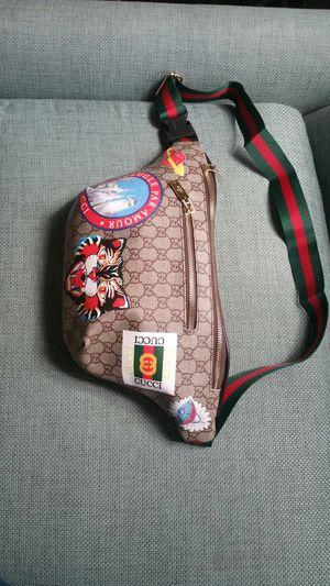 Gucci supreme waist chain belt fanny pack sunglasses lv case cross body fendi gym bag handbag purse wallet clutch gold brass for Sale in San Diego, CA