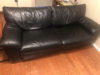 Leather Sofa Couch for Sale in Austin,  TX