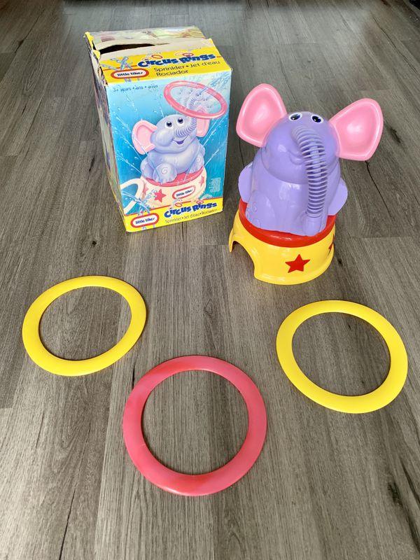 Little Tikes Circus Rings Sprinkler
