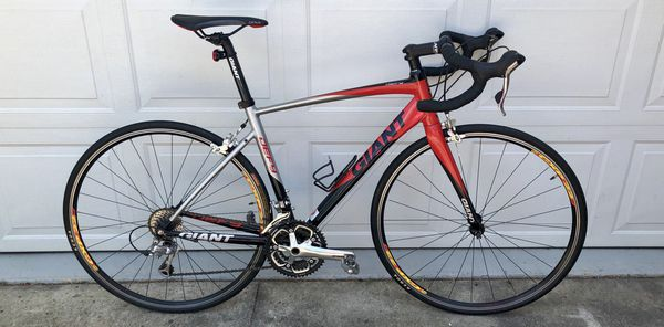 GIANT DEFY1 BICYCLE