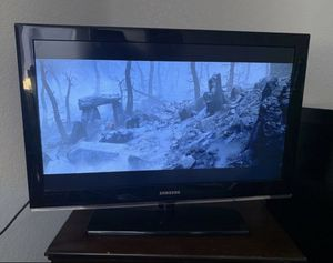 Samsung tv (READ description) for Sale in Hesperia, CA