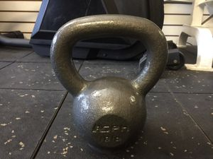 New Kettle bell, 18lb. Exercise,Gym,Weights for Sale in Rancho Cucamonga, CA