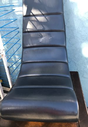 Black Chair for Sale in San Diego, CA