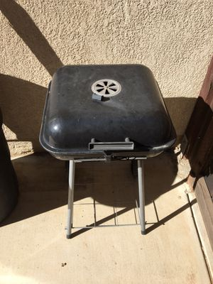Small BBQ-FREE! for Sale in Perris, CA