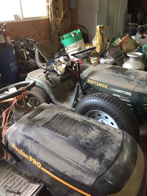Two Riding lawn mowers for Sale in Oregon City, OR