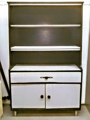 Hutch professionally refinished for Sale in Manchester, CT