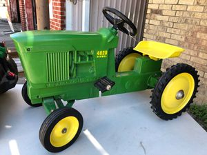 Metal pedal tractor for Sale in Houston, TX
