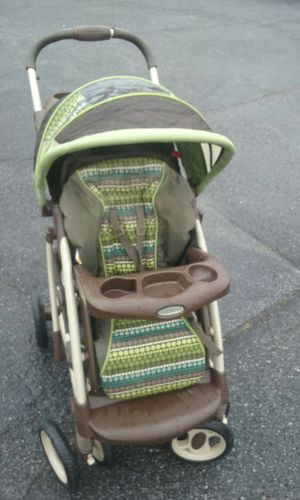 Graco green baby stroller brown for Sale in Atlanta, GA